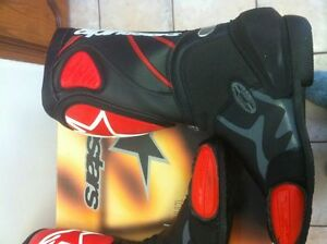 ALPINESTARS RACING BOOTS SIZE 9 OR 43 EUROPEAN BLACK/RED NEW Windsor Region Ontario image 8