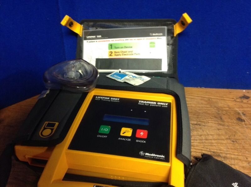 LifePak 500T Medtronic Physio-Control AED Trainer