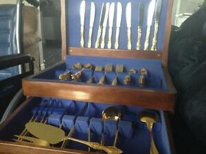 Beautiful 18-piece gold plated cutlery set Kingston Kingston Area image 2