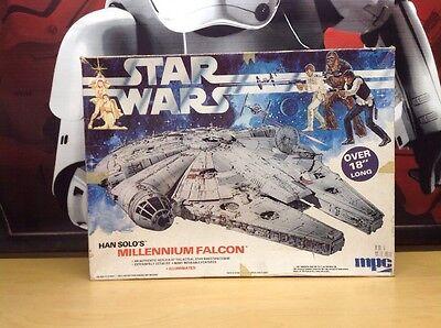 1979 Star Wars Han Solo's Millennium Falcon Mpc Model Kit