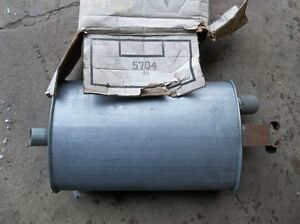 Vintage new old stock Volvo 5704 muffler (122 ? B18 ?)