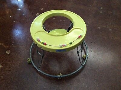 Vintage Collapsible Hoola Coupe I By Century Baby Walker
