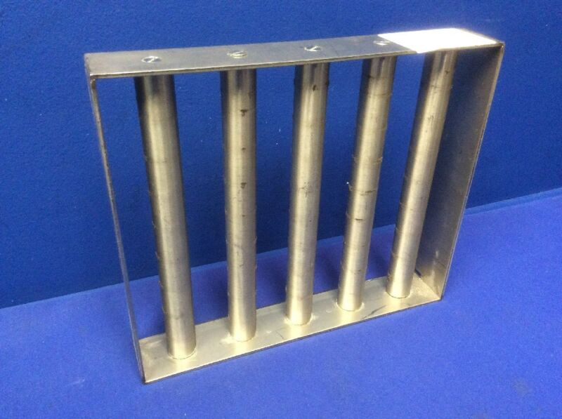 """STAINLESS STEEL MAGNETIC SEPARATOR GRATE 12"""" X 10"""" X 2"""" W/(5) 1""""DIA. X 10""""L RODS"""