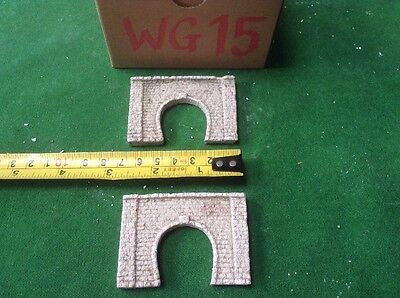 2x single tunnel  - Z scale gauge- painted and weathered- ..brick Type, Weathere