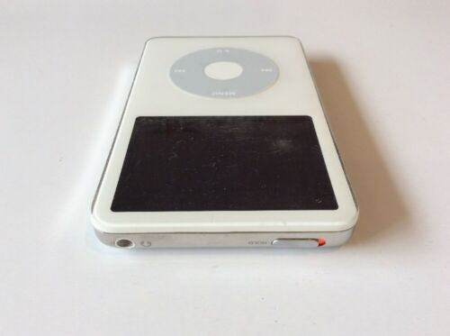 Apple iPod Video Classic 5th Generation White (30 GB) - Works Good