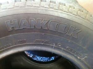 4 - Hankook Dynapro AT 235/ 75 R17 -