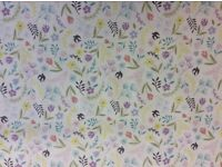 Lewis And Irene Hares Col.2 100/% Cotton Flowers Salisbury Spring D#A205