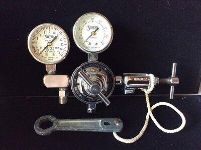 Victor Equipment Co. Dual Gauge Medical Oxygen Regulator Sr-200ml Hudson Tool