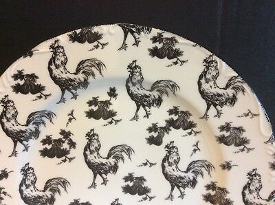 Rare. Aux Au Provence Outrageous & White Rooster Transfer Ware Dinner Plate
