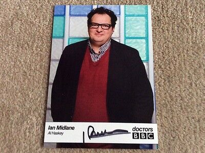IAN MIDLANE AS AL HASKEY BBC DOCTORS HAND SIGNED CARD - MINT CONDITION