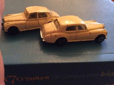 Rare two rolls royce silver clouds diecast models