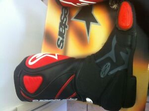 ALPINESTARS RACING BOOTS SIZE 9 OR 43 EUROPEAN BLACK/RED NEW Windsor Region Ontario image 7