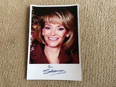 SUE HOLDERNESS AS MARLENE BOYCE ONLY FOOLS AND HORSES PRE PRINT SIGNED CARD