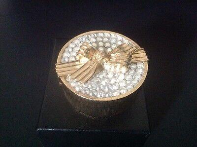 Estee Lauder White Linen Treasured Hat Compact for Solid Perfume 2007 full