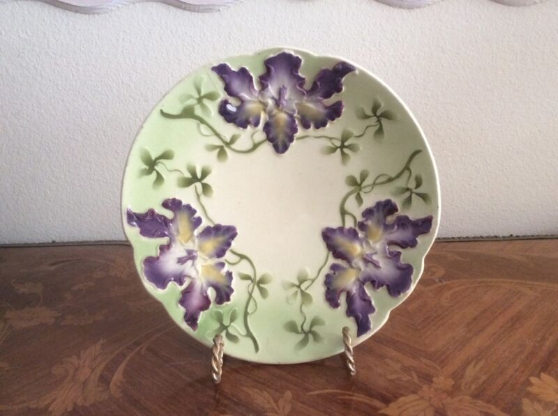 Plate Beautiful Antique Majolica Iris Flowers Plate c1800s
