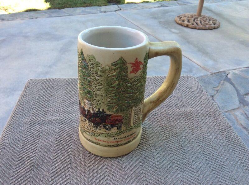 BUDWEISER 1976 GRANTS FARM  Holiday Stein Mug-GREAT SHAPE