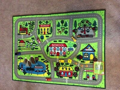 "Town Rug (NEW  ""ROUND TOWN""  KIDS,  INTERACTIVE, GREEN,  PLAY MAT,  CAR & ROAD,)"