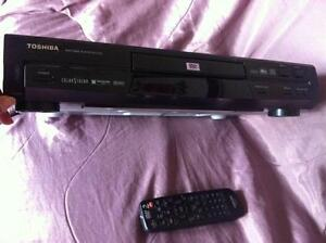 Toshiba dvd player video SD-2700 West Island Greater Montréal image 2