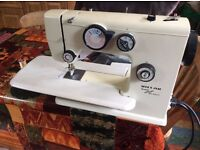 Riccar 2600 super stretch stitch sewing machine with tons of extras recent service