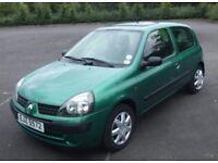 Green Renault Clio 1.2L - 12 Months MOT