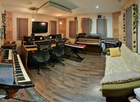 !! AVAILABLE NOW !! Private Music Studio | Creative Warehouse | Office | Recording Space
