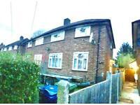 4 bedroom house in Stanmore, HA7 3NE