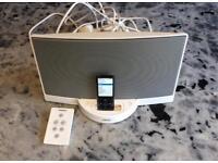 Bose sound base and apple nano 8g