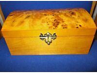 Mele Walnut Veneer Jewellery Box…30250A