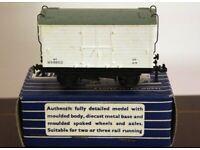 Hornby-Dublo 32062 S.D. 6 6-Ton Mica B Refrigerator Van W.R. 6T W59850