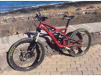 specialized enduro mountain bicycle medium size