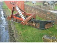 Browns tractor three point linkage yard slurry scraper reversable