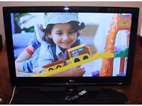 """LG 50"""" TV, 3x HDMI, built in FREEVIEW, remote, etc ! EXCELLENT CONDITION ! OFFERS WELCOME !"""
