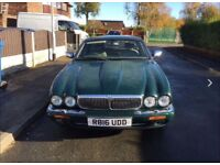 Jaguar damier 4.0 petrol v8 xj8 series automatic