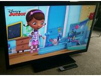 "TOSHIBA 46"" SLIM LED 1080p FULL HD TV with FREEVIEW HD EXCELLENT CONDITION FULLY WORKING WITH REMOTE"