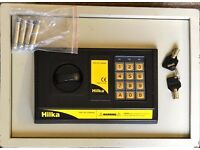 Hillka Digital Security Safe. Extremely Good Condition. £25.