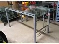 Glass desk - 150cm x 70cm x 75cm