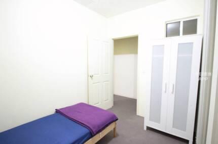 Haymarket One bedroom  Super CONVENIENT