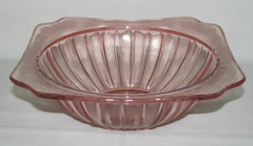 Jeannette Glass ADAM PINK Square Large Berry or Vegetable Bowl