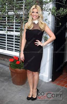 Holly Willoughby   Tv Presenter