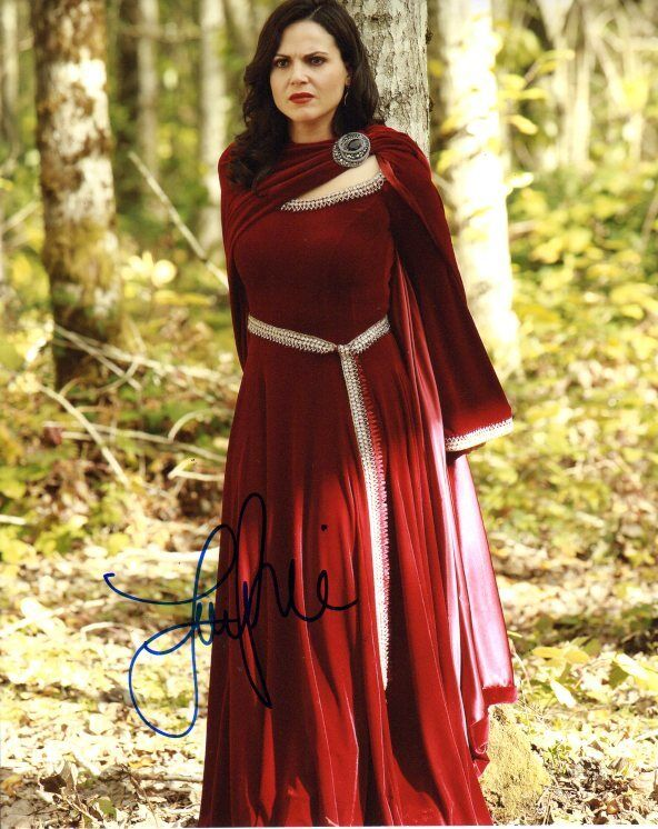 Lana Parrilla Once Upon A Time Autographed Signed 8x10 Photo COA #4