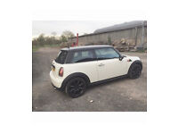 Mini One 1.4 - Cream / White - 2007 plate - With black JCW alloys