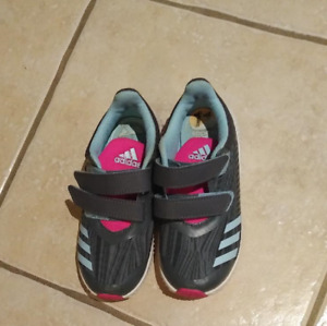 Like-new! Girl's Adidas running shoes, size 11