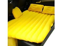 Inflatable mattress for the car