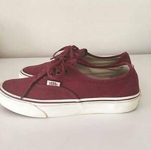 VANS SKATE SHOES MAROON COLOUR - SIZE AU8.5 Bedford Bayswater Area Preview