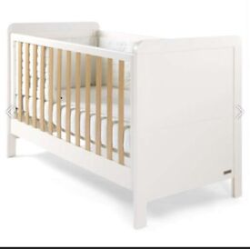 Mammas and papas cot bed