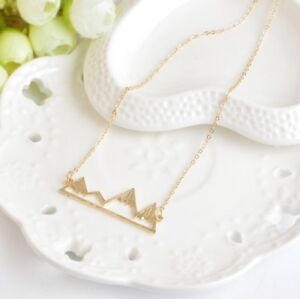 New mountain necklace! Perfect gift !