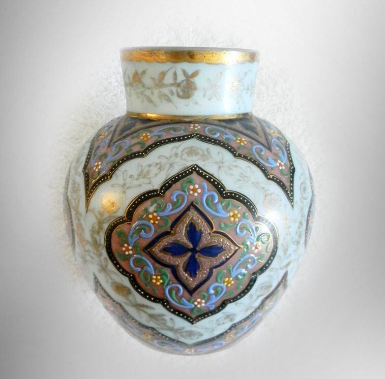Webb art  glass vase - Morocco pattern - gilt ca 1880