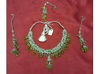 Silver plated light green shampion colour stone Asian party and fashion Jewellery set