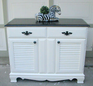 SOLID WOOD TWO TONE SIDEBOARD