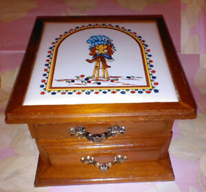Holly Hobbie Vintage/Collectable Tile Inlay Jewellery Box